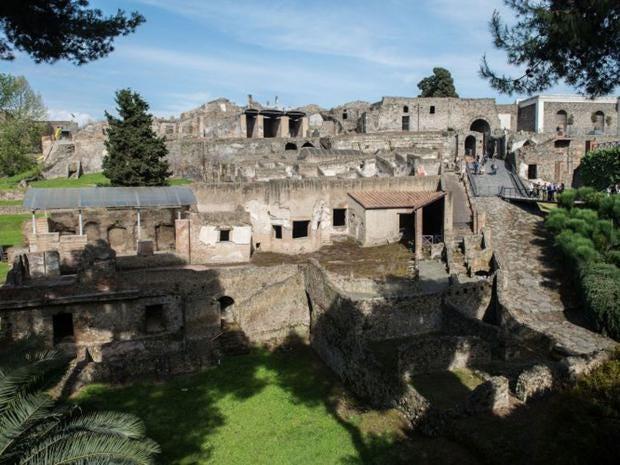 26-pompeii-tourism-get.jpg