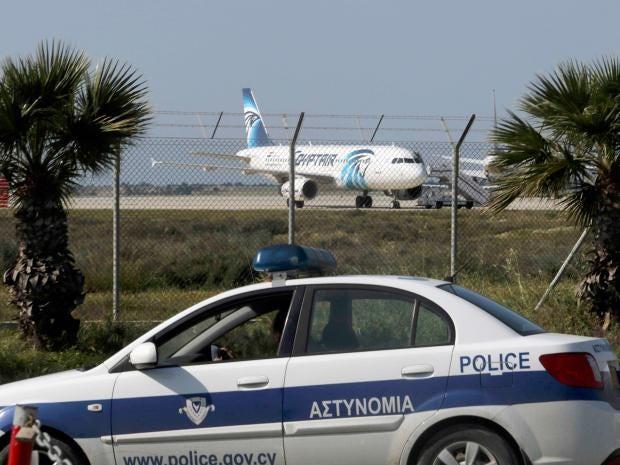 egypt-hijacked-plane-2.jpg