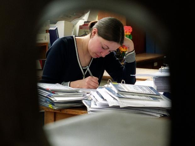 4-teacher-alamy.jpg