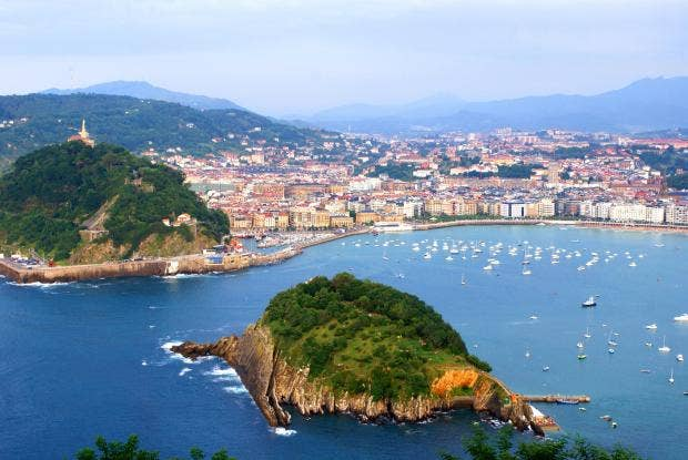 San Sebastian: Make the most of new flights while the sun shines ...