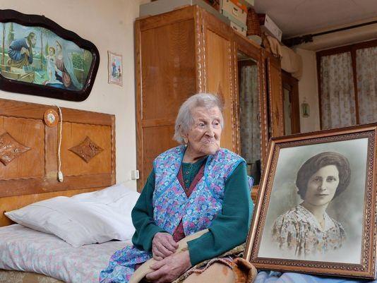 news people meet year italian woman last living person born
