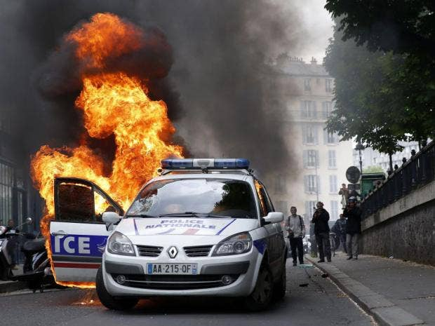 Police Car Set Alight As French Cops Demonstrate Against Anti - Police car