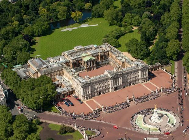 buckingham-palace-stock-image-aerial-.jpg