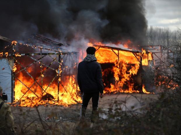 calais-jungle-demolition.jpg