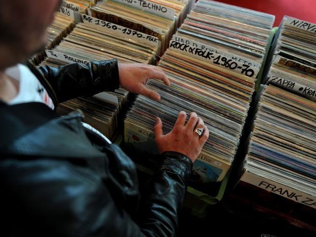 vinyl-gettyimages-521339144.jpg