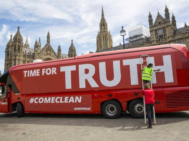 leave-campaign-bus.jpg