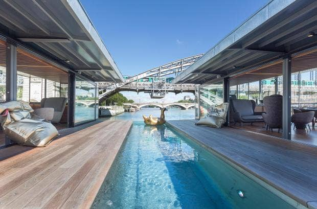 Hotel review off paris seine the independent for Floating swimming pool paris