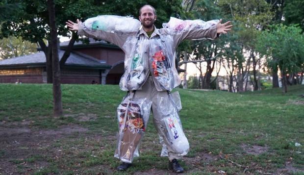trash-suit-trash-me-rob-greenfield.jpg