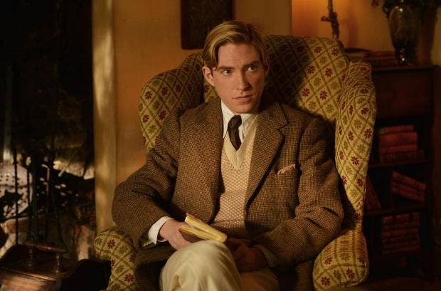 domhnall-gleeson-as-alan-milne-in-the-film-untitled-a-a-milne-photo-by-david-appleby-2017-fox-searchlight-pictures-2-.jpg