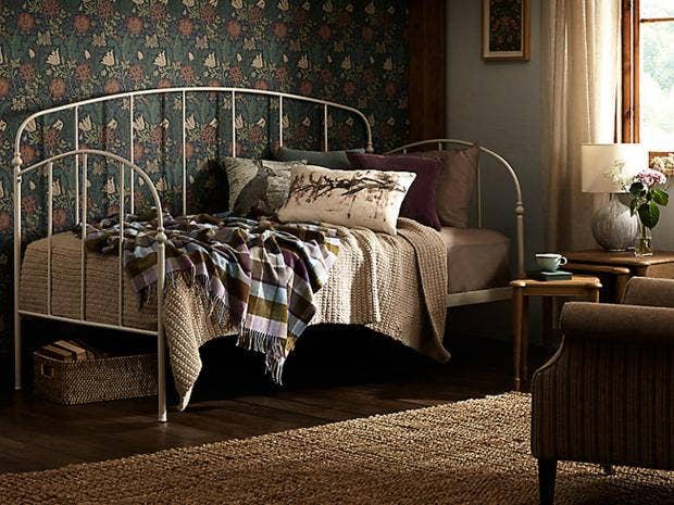 as autumn nights draw in itu0027s a good time to think about how to make your home cosier day beds certainly can and make themselves useful all around the