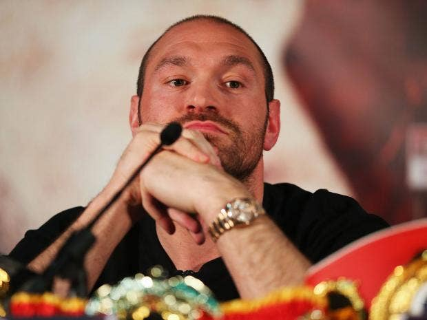Tyson Fury announces May 13 return