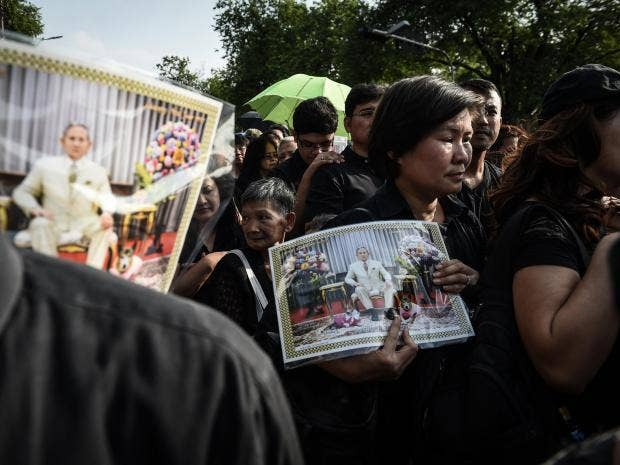 thailand-mourners-getty.jpg