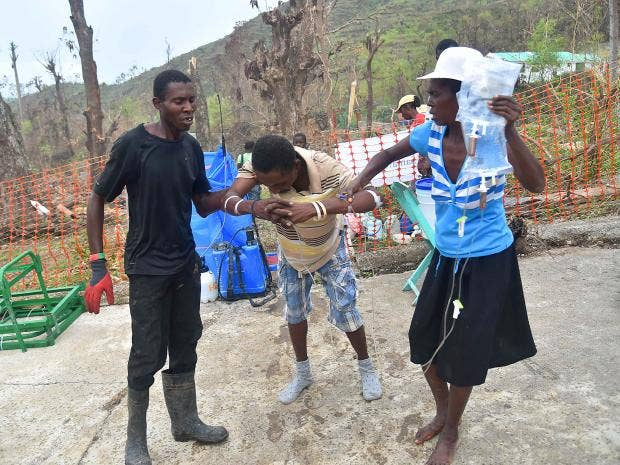 Haiti faces cholera spike amid woeful international response to Hurricane Matthew aftermath, UN warns