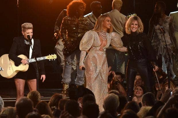 CMAs bosses did not erase Beyonce/Dixie Chicks footage from website