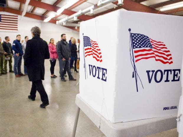 us-election-voters-02.jpg