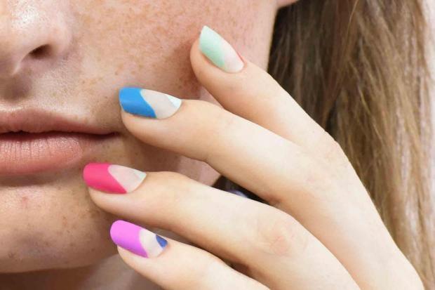 undercover-colors-nail-varnish-0.jpg