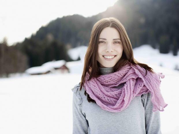 winter-hair-care-woman-snow.jpg
