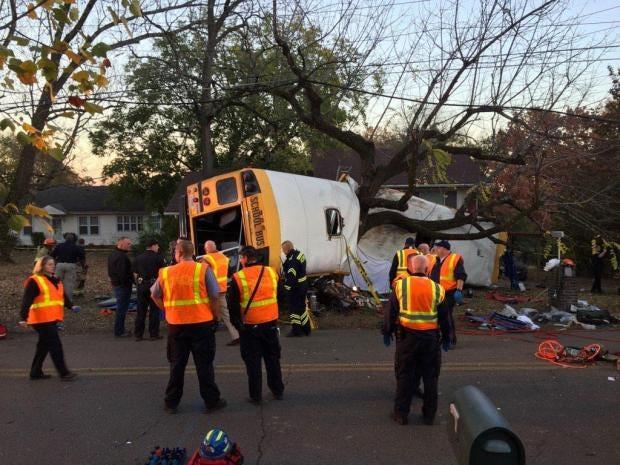 chattanooga-bus-crash.jpg