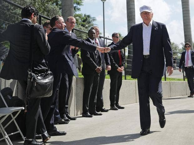 trump-fist-bump.jpg