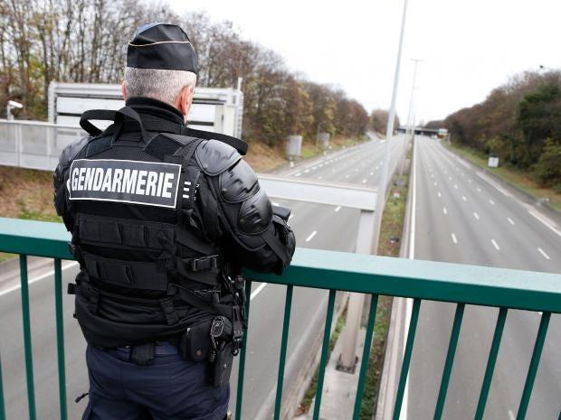 paris-a1-motorway-police.jpg