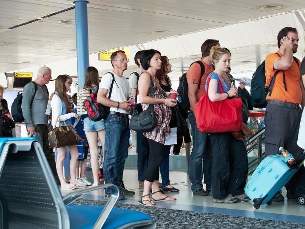 queue-passengers.jpg