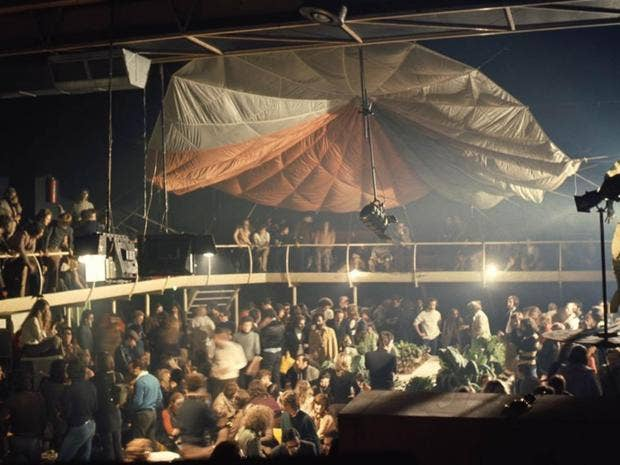space-electronic-nightclub.jpg