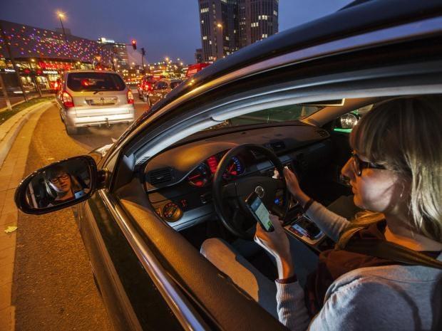 phone-driving-getty.jpg