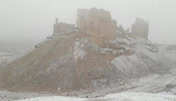 Deirezzor-snow.jpg