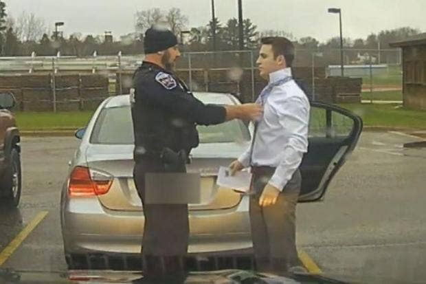 Cop does speeding college student a favor by tying necktie