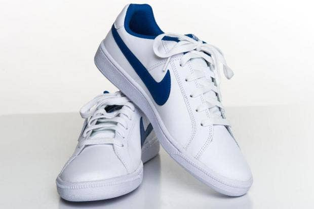 nike trainers white