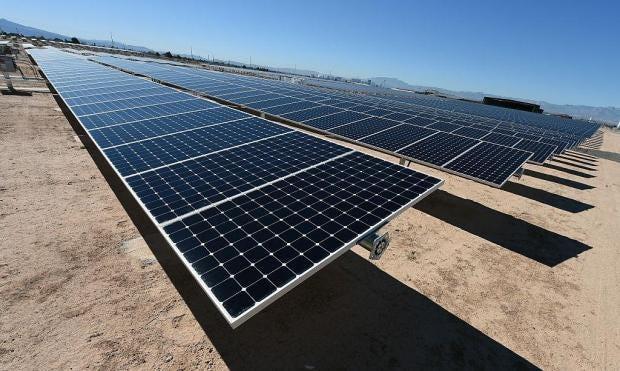 Solar-Panel-Vegas.jpg