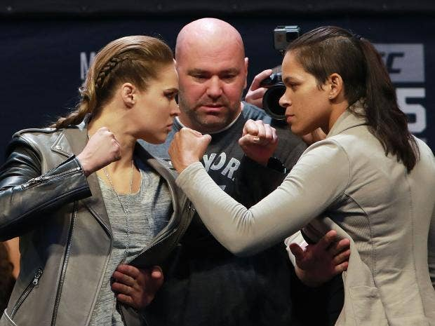 UFC 207: Amanda Nunes knocks out Ronda Rousey in 48 seconds