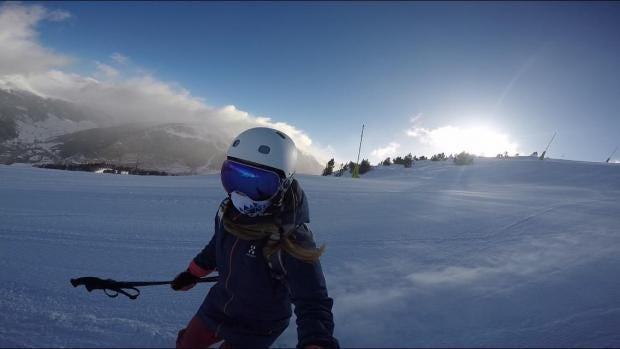 ellie-skiing.jpg