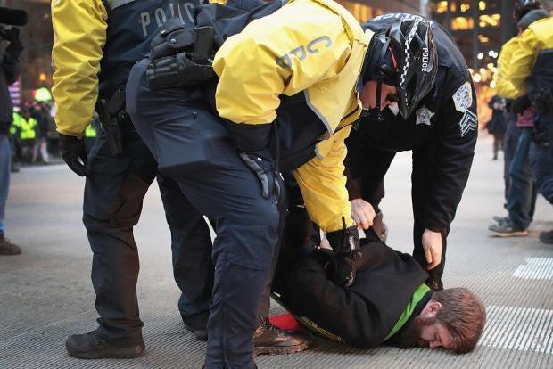 trump-protest-police-clash-jpg.jpg