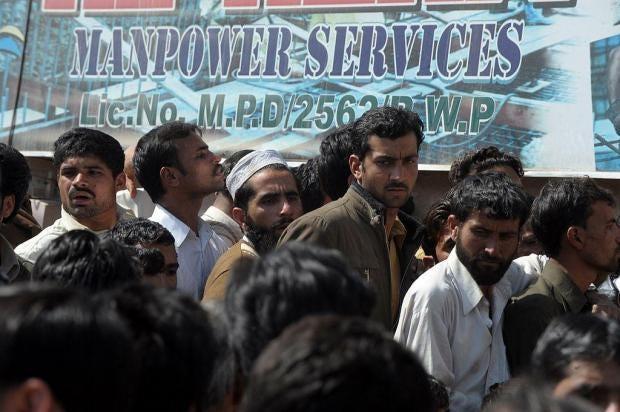 rawalpindi-workers.jpg
