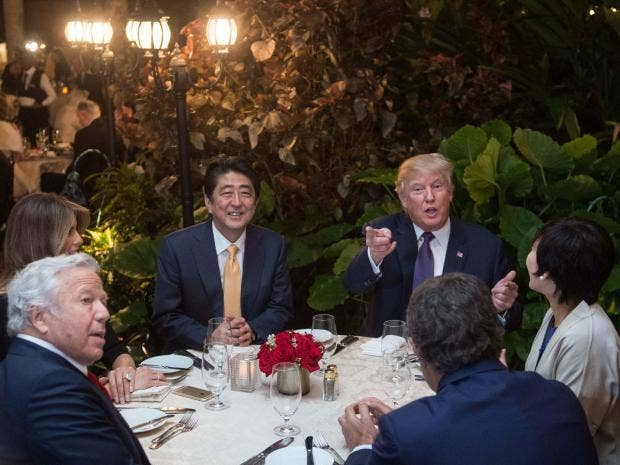 trump-shinzo-abe-mar-a-lago.jpg