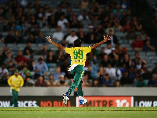 New Zealand vs South Africa: Twitter erupts after Trent Boult's lethal spell