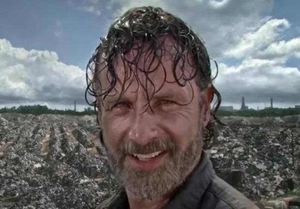 The walking dead season 7 fans think they spotted a pretty big the walking dead season 7 fans think they spotted a pretty big error in latest episode fandeluxe Ebook collections