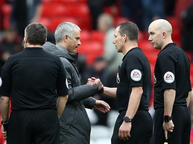jose-murinho-referee.jpg