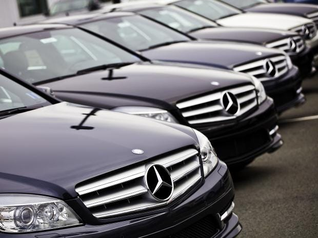 Daimler to recall 75 000 mercedes benz cars in the uk due for Mercedes benz c class recall