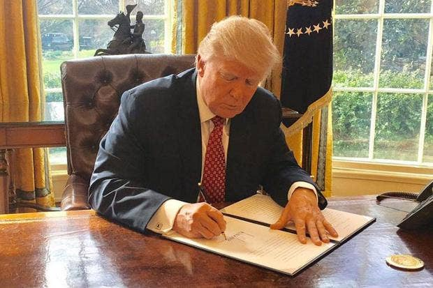 Trump Signs New Travel Ban, Opponents Ready To Challenge It In Court