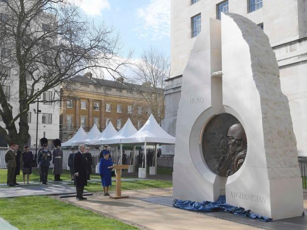 queen-memorial.jpg
