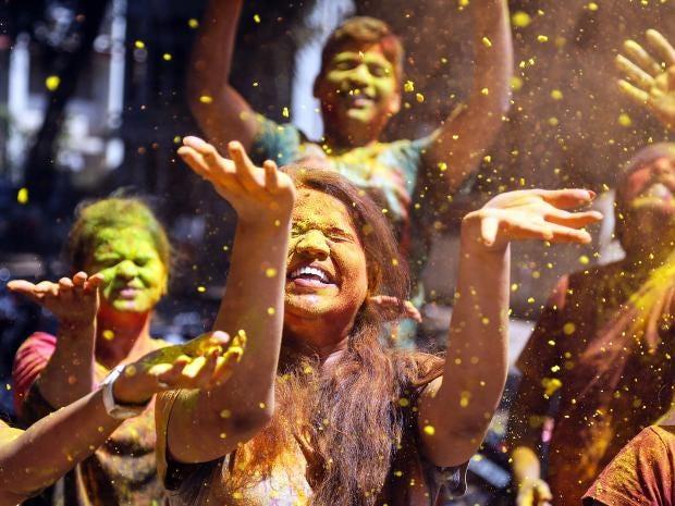 holi-celebrations-2.jpg