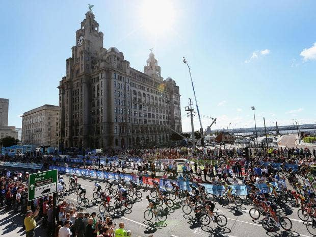 Liverpool and Birmingham battle to host Commonwealth Games 2022