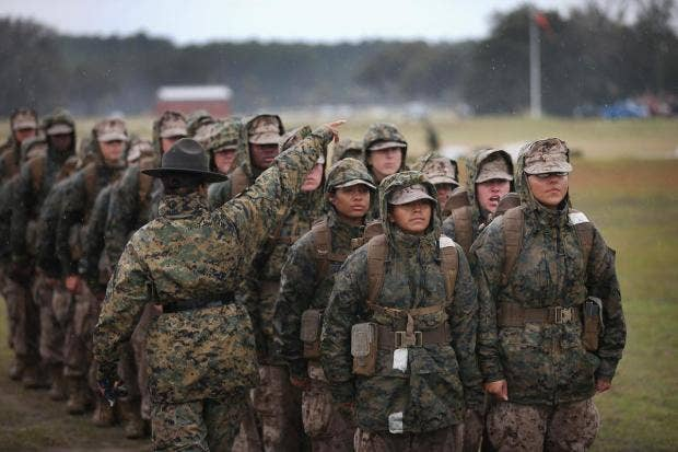 Female-Marines-Parris-Island.jpg
