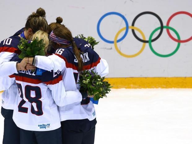 us-womens-hockey-team.jpg