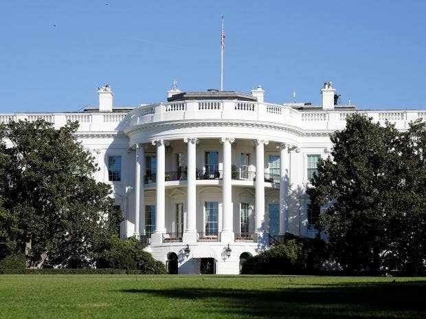 Security alert after bomb threat at White House