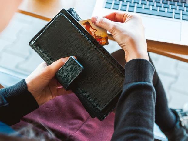 best-travel-wallets.jpg