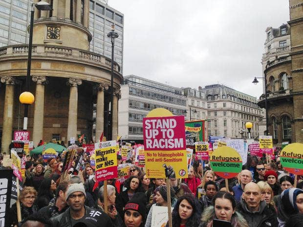Thousands in London protest against Islamophobia
