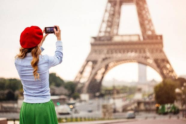 woman-millennial-eiffel-tower.jpg